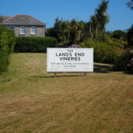 Vineries sign